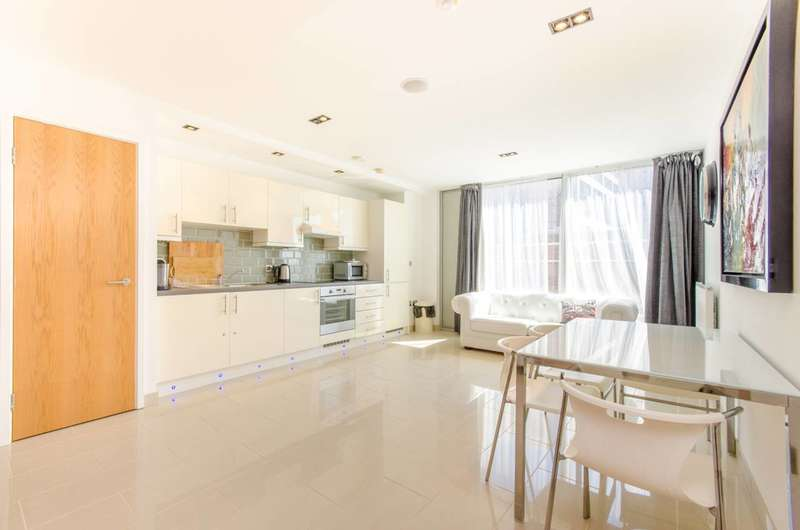 1 Bedroom Flat for sale in Marsh Wall, Canary Wharf, E14