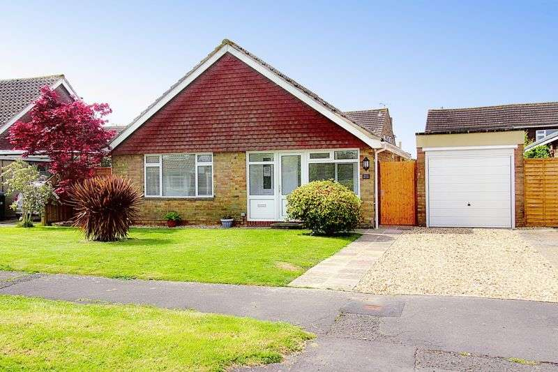 3 Bedrooms Detached Bungalow for sale in Nyetimber Crescent, Bognor Regis, PO21