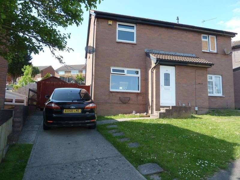 3 Bedrooms Semi Detached House for sale in Lydstep Road, Barry