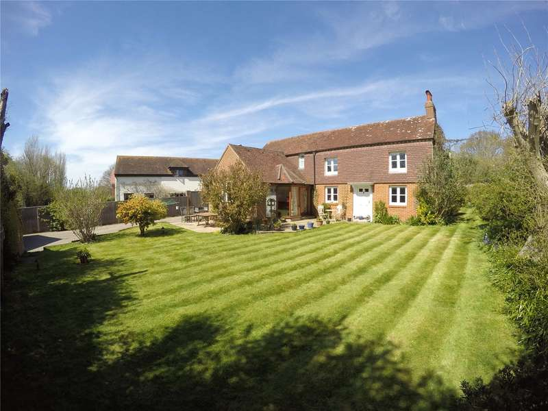 4 Bedrooms Detached House for sale in Hambrook Hill North, Hambrook, Chichester, West Sussex, PO18