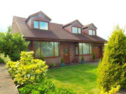 3 Bedrooms Detached House for sale in Catforth Road, Catforth, Preston, Lancashire