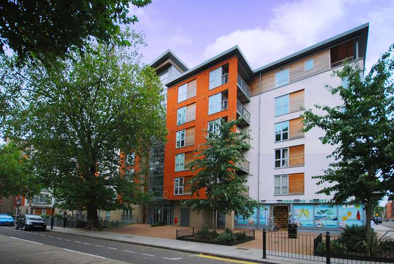 1 Bedroom Flat for sale in Tredegar Road, Bow, E3