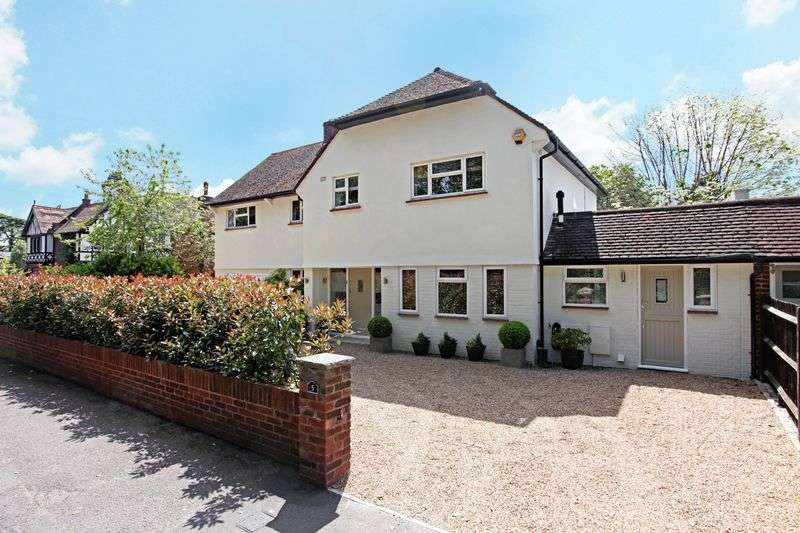 5 Bedrooms Property for sale in Northcroft Road, Englefield Green