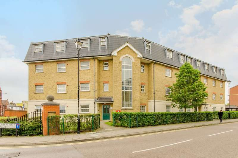 2 Bedrooms Flat for sale in Queensberry Place, Manor Park, E12