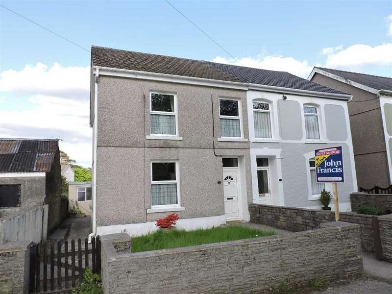4 Bedrooms Property for sale in Heol Rhyd Ddu Fach, Cwmllynfell