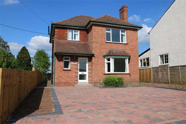 3 Bedrooms Detached House for sale in Southgate, Tudor Street, Ross-on-Wye