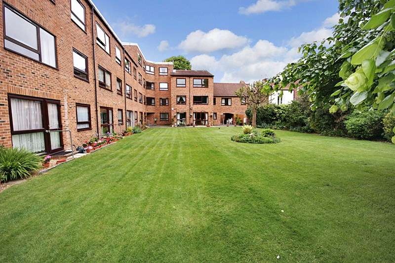 1 Bedroom Retirement Property for sale in Homegrove House, Southsea, PO5 1HN