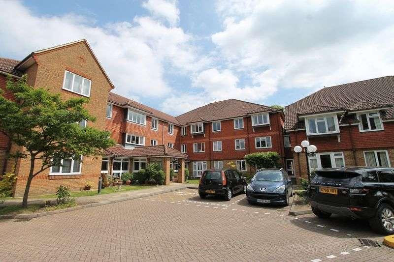 1 Bedroom Retirement Property for sale in Farncombe