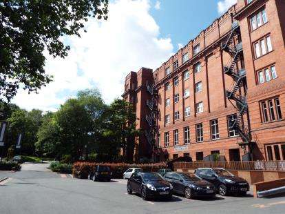 2 Bedrooms Flat for sale in Holden Mill, Blackburn Road, Bolton, Greater Manchester, BL1