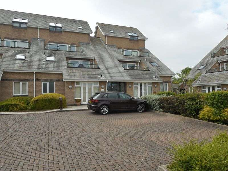 2 Bedrooms Flat for sale in Hilditch Way, Nuneaton