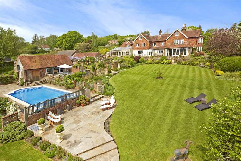 5 Bedrooms Detached House for sale in Brightling Road, Robertsbridge, East Sussex, TN32
