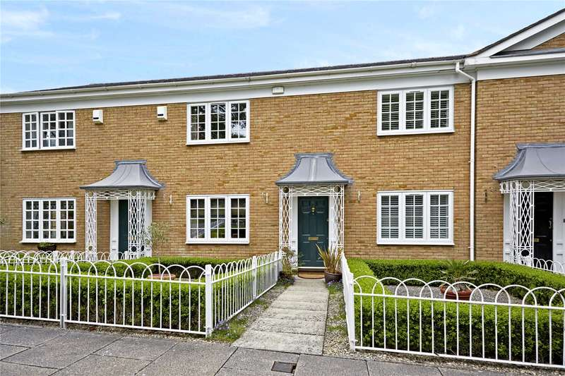 2 Bedrooms Terraced House for sale in Aspen Square, Weybridge, Surrey, KT13