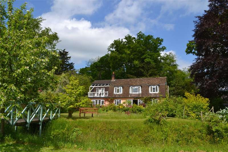 4 Bedrooms Detached House for sale in Castle Hill Lane, Burley, Ringwood, Hampshire, BH24