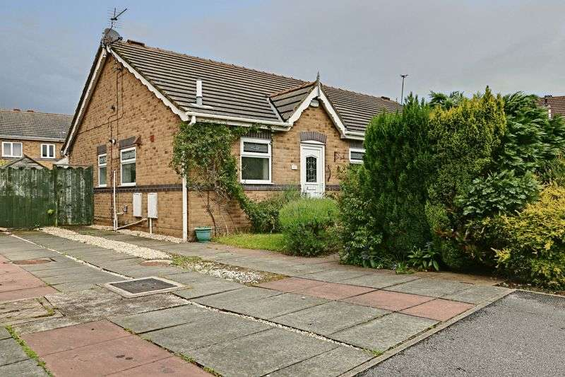 3 Bedrooms Semi Detached Bungalow for sale in Appledore Close, Hull