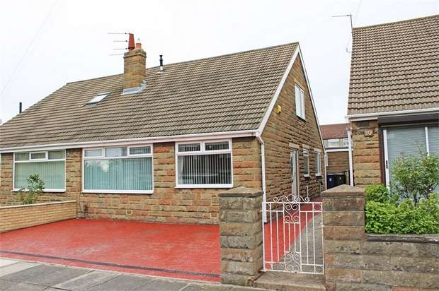 4 Bedrooms Semi Detached House for sale in Hills View Road, Middlesbrough, North Yorkshire