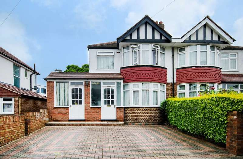 4 Bedrooms House for sale in Walton Drive, Harrow, HA1