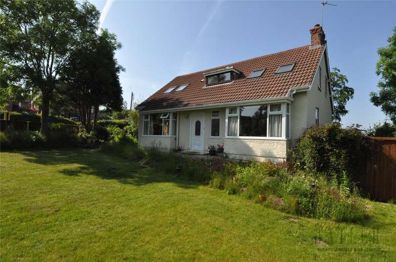 3 Bedrooms Detached Bungalow for sale in Grange Cross Lane, Newton, Wirral