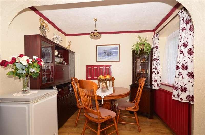 3 Bedrooms Detached House for sale in Admirals Walk, Halfway, Sheerness, Kent