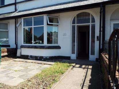 1 Bedroom Flat for sale in Albert Road, Old Colwyn, Colwyn Bay, Conwy, LL29