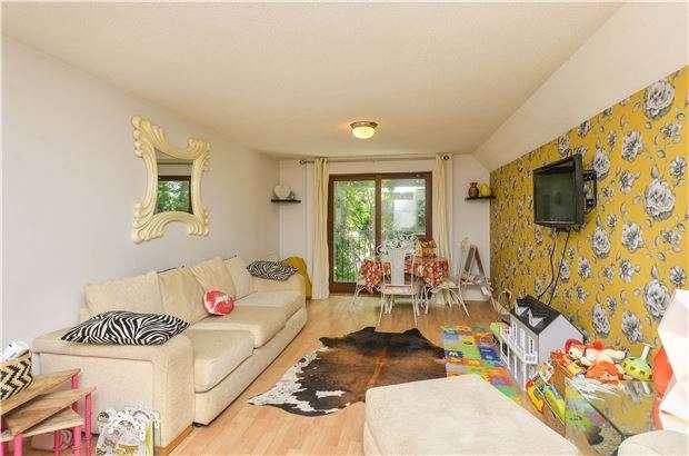 2 Bedrooms Flat for sale in Green Ridges, Headington, OXFORD, OX3 8LZ