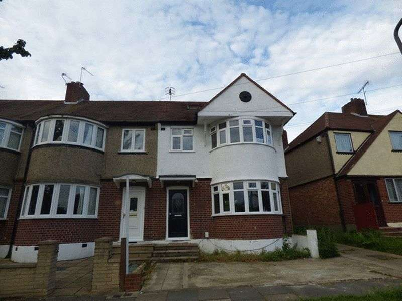 4 Bedrooms Terraced House for sale in Holne Chase, MORDEN. Surrey SM4 5QB