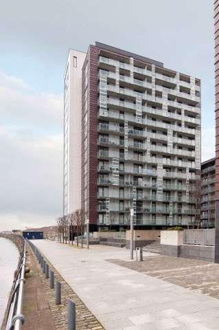 1 Bedroom Flat for sale in 354 Meadowside Quay Walk, Glasgow Harbour, Glasgow, G11 6EE