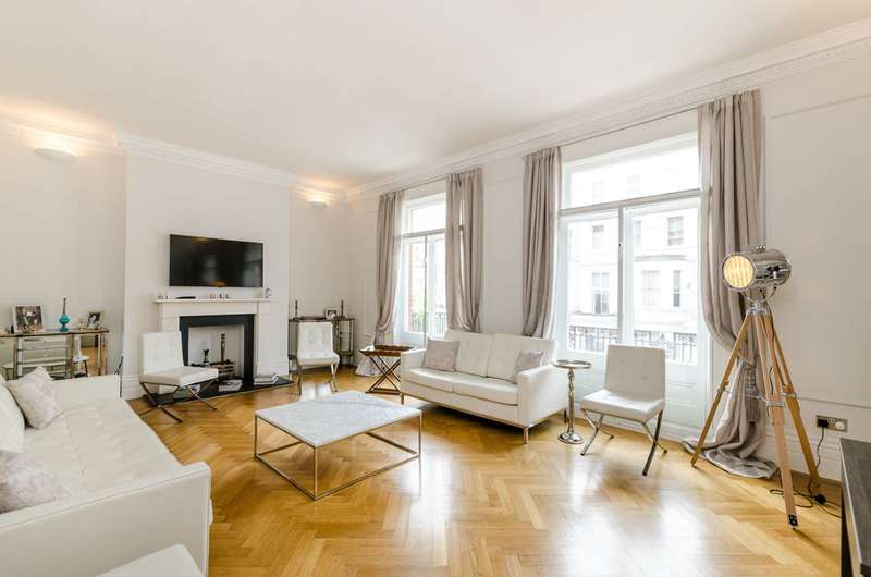 2 Bedrooms Flat for sale in Nevern Mansions, Warwick Road, Earls Court, SW5