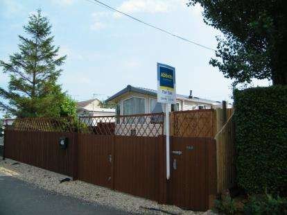 3 Bedrooms Mobile Home for sale in Snettisham, King's Lynn, Norfolk
