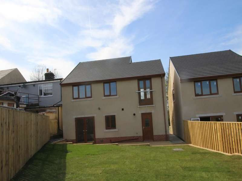 4 Bedrooms Detached House for sale in Bracken Moor Lane, Stocksbridge, Sheffield, S36