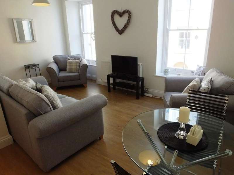 1 Bedroom Flat for sale in Presipe, High Street, Tenby, Pembrokeshire