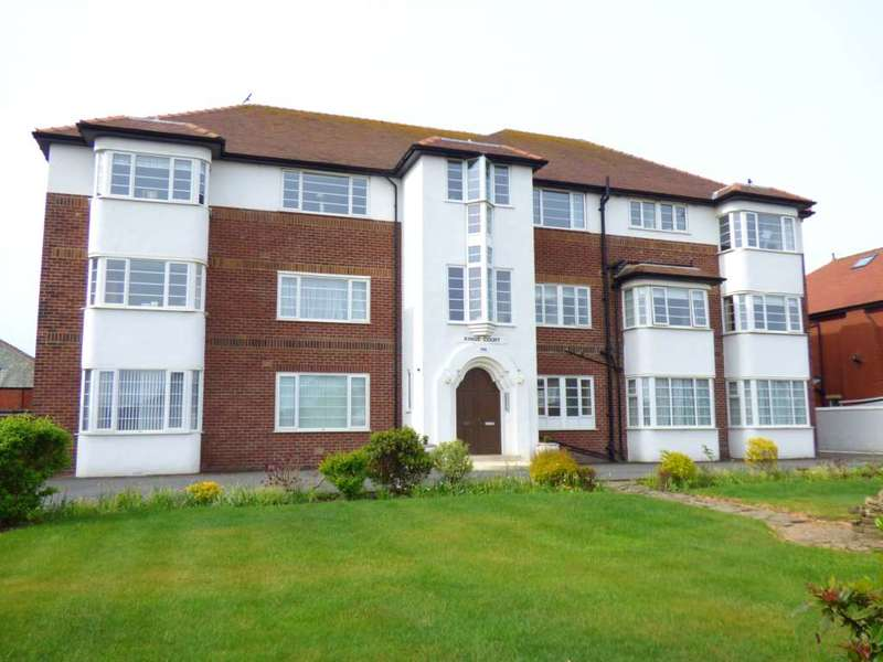 2 Bedrooms Flat for sale in Kings Court, 196 Clifton Drive South, St Annes