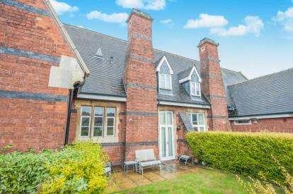 3 Bedrooms House for sale in De Montforte Mews, Parkfield Road, Coleshill, Birmingham