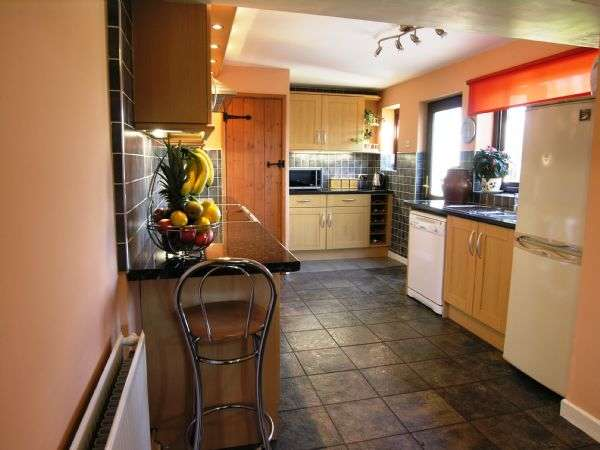 "4 Bedrooms Cottage House for sale in ""Wilson Cottage"", Lancaster Road, Out Rawcliffe PR3 6BN"