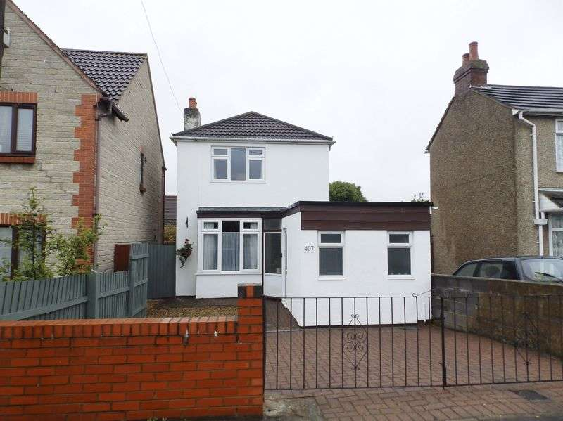 3 Bedrooms Detached House for sale in Cricklade Road, Gorse Hill