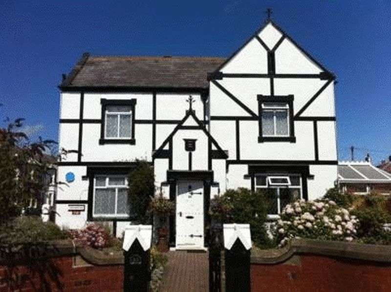 Property for sale in Established hotel / guest house