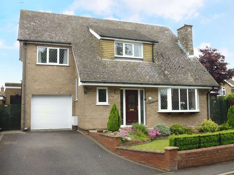 3 Bedrooms Detached House for sale in Church Street, Scothern
