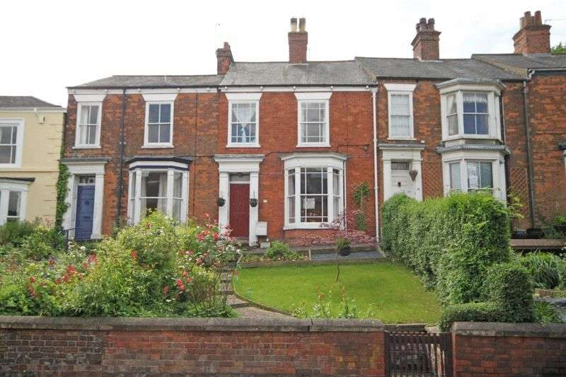 4 Bedrooms Terraced House for sale in SOUTH STREET, LOUTH