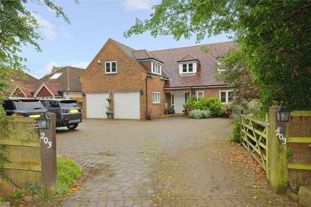 5 Bedrooms Detached House for sale in Park Street Lane, Park Street, St Albans, Hertfordshire