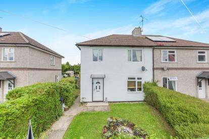 3 Bedrooms Semi Detached House for sale in Windmill Piece, Chiseldon, Swindon, Wiltshire