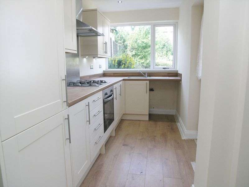 3 Bedrooms Detached Bungalow for sale in BRIERLEY HILL, Quarry Bank, Acres Road