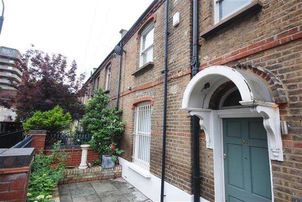 3 Bedrooms Terraced House for sale in Leamore Street, Hammersmith