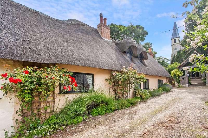 3 Bedrooms Semi Detached House for sale in Cholderton, Salisbury, Wiltshire, SP4