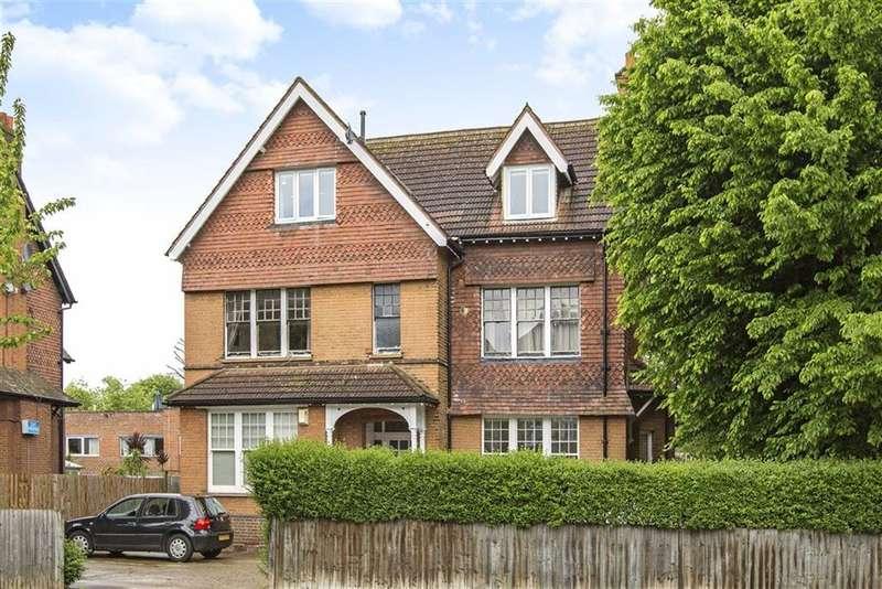 1 Bedroom Flat for sale in Thrale Road, Furzedown, London