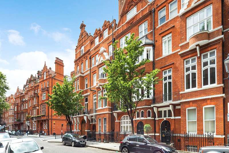 Studio Flat for sale in Cadogan Gardens, London, SW3