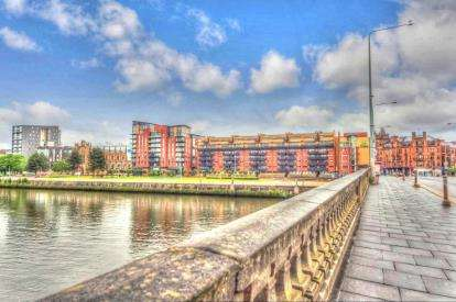 2 Bedrooms Flat for sale in Clyde Street, City Centre