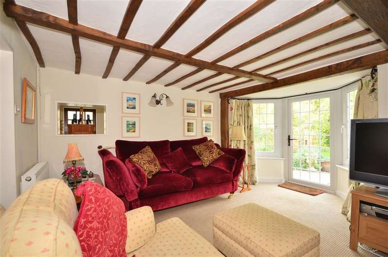 4 Bedrooms Detached House for sale in New Road, Porchfield, Newport, Isle of Wight