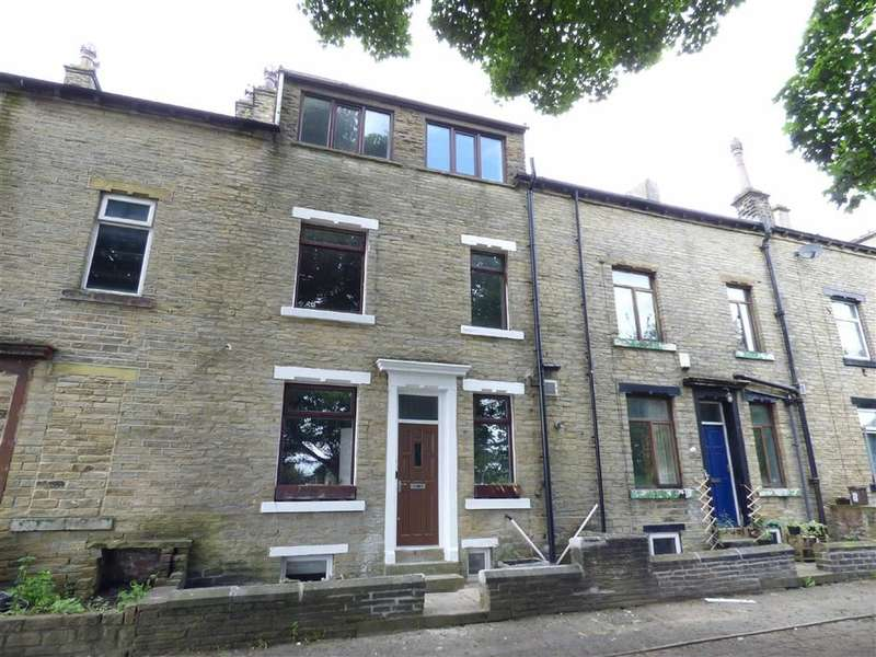 3 Bedrooms Property for sale in St Augustines Terrace, Halifax, West Yorkshire, HX1