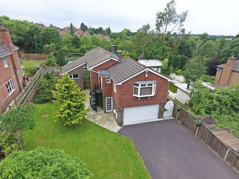 4 Bedrooms Detached House for sale in Whiteley Lane, Fareham
