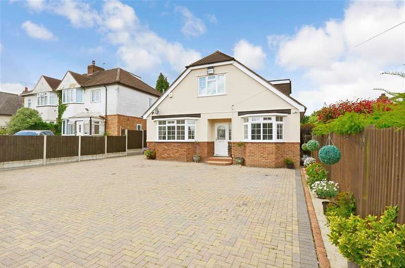 5 Bedrooms Bungalow for sale in Stockett Lane, Coxheath, Maidstone, Kent
