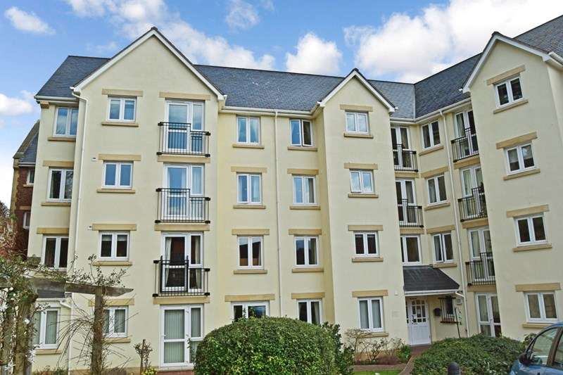 2 Bedrooms Retirement Property for sale in Carlton Court, Minehead, TA24 5PL